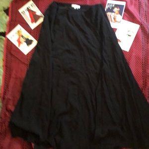 1.STATE Fantastic Flaired Spilt Vent Skirt.